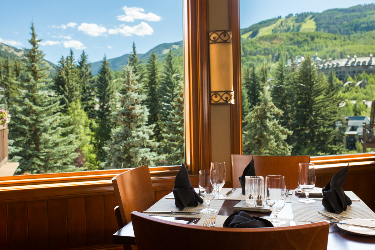 The Black Diamond Bistro At The Charter Dining At Altitude